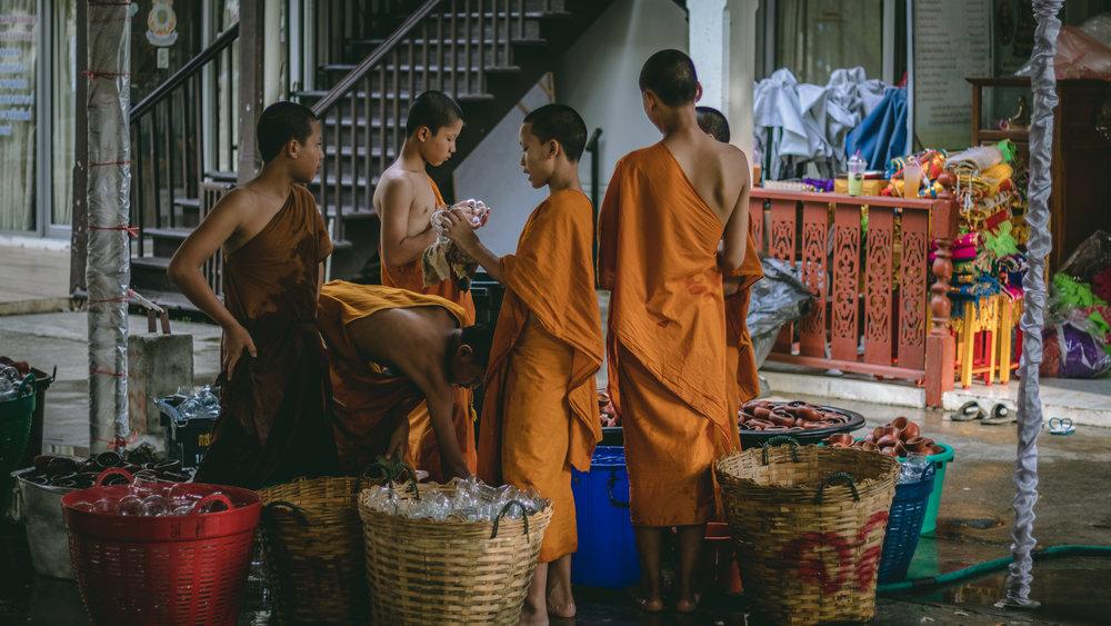 Wat Chedi Luang-6.jpg