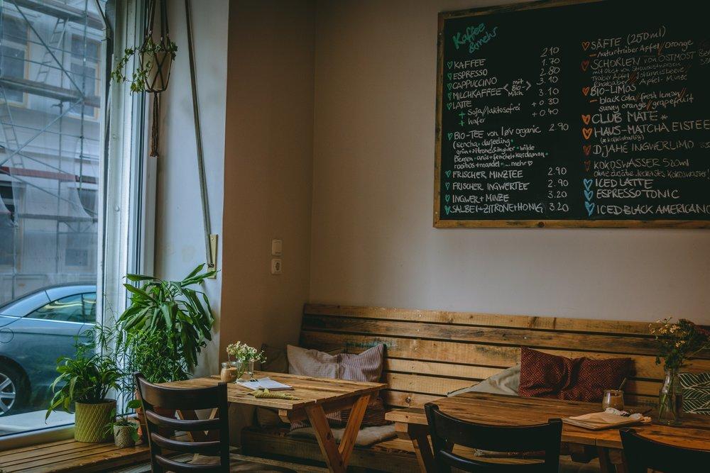 Cafe Hase-2.jpg
