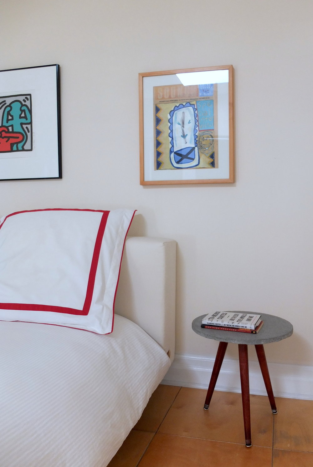 Lalaya Design_Ka Tsi Ka Ta_concrete & wood side table_bedroom_handmade.JPG