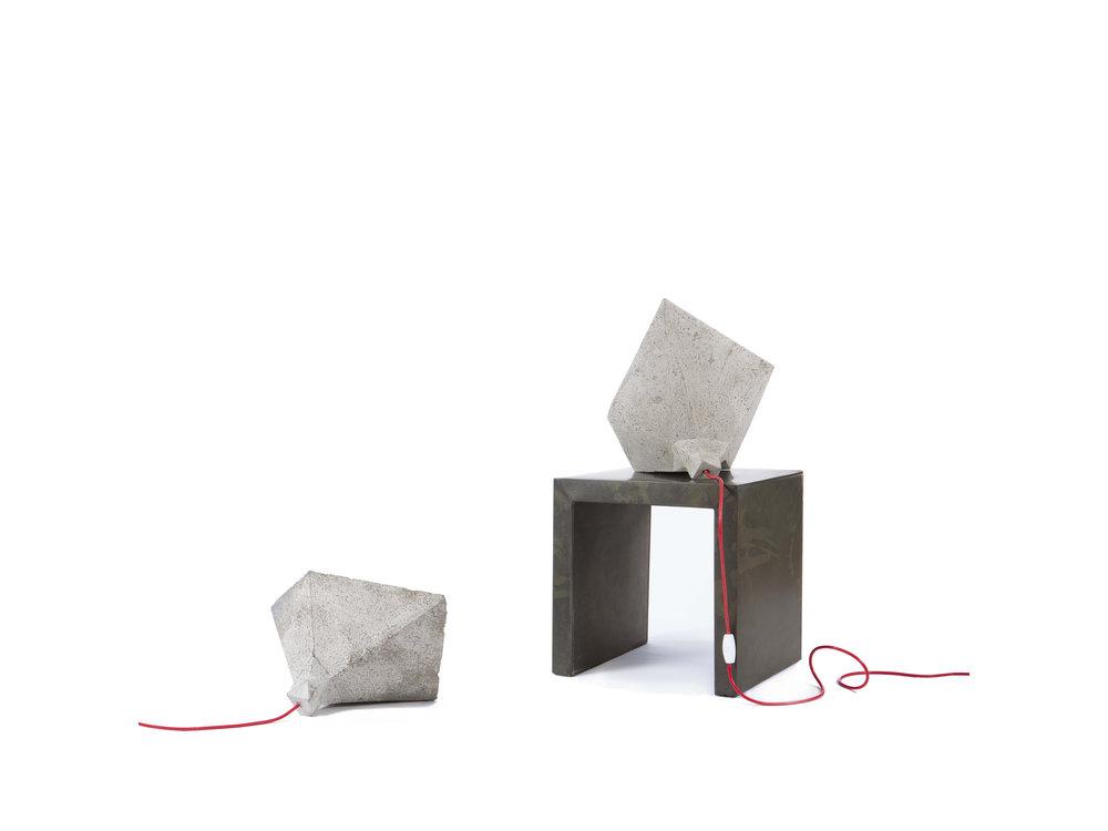 SHADOK concrete lamp
