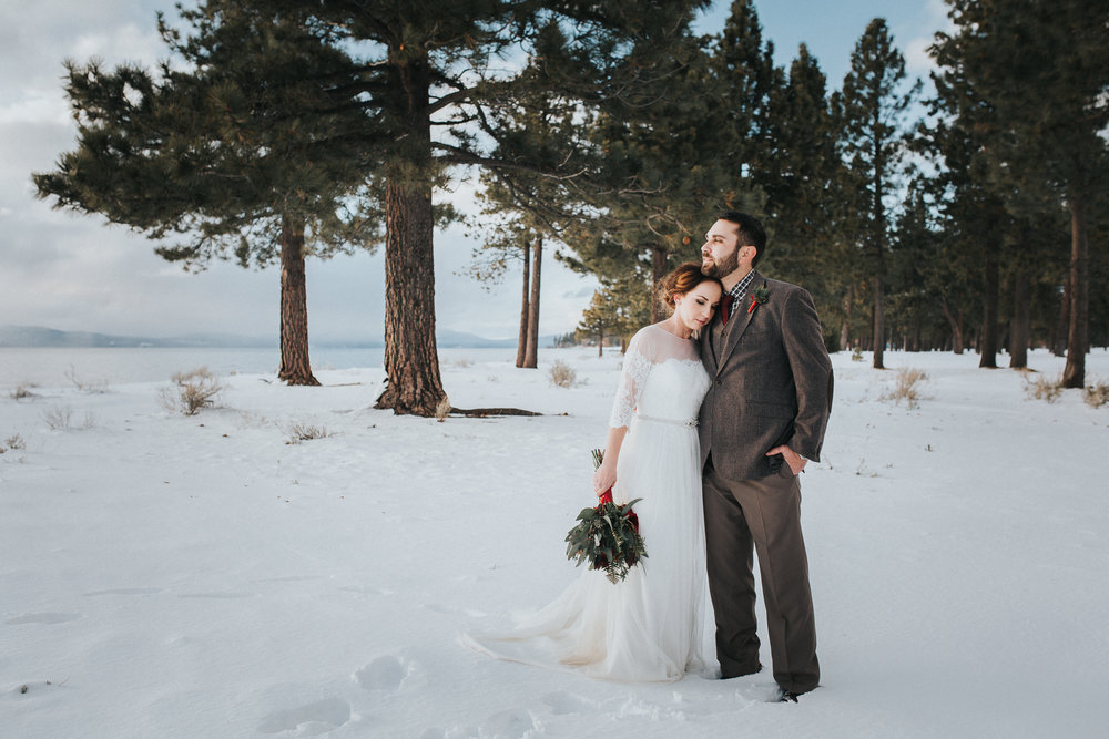 winter-wedding-reno-lake-tahoe-wedding-photographer-15.jpg