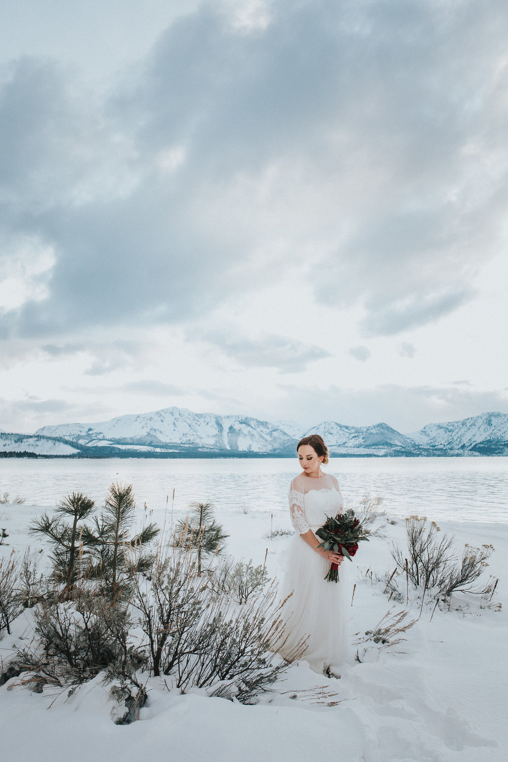 winter-wedding-reno-lake-tahoe-wedding-photographer-17.jpg