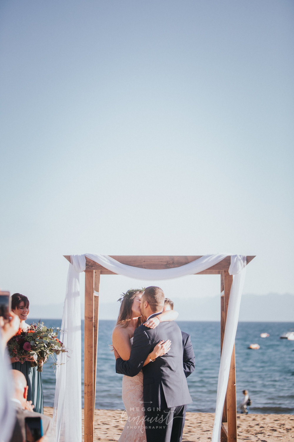 bohemian-style-lake-wedding-reno-lake-tahoe-wedding-photographer-24.jpg