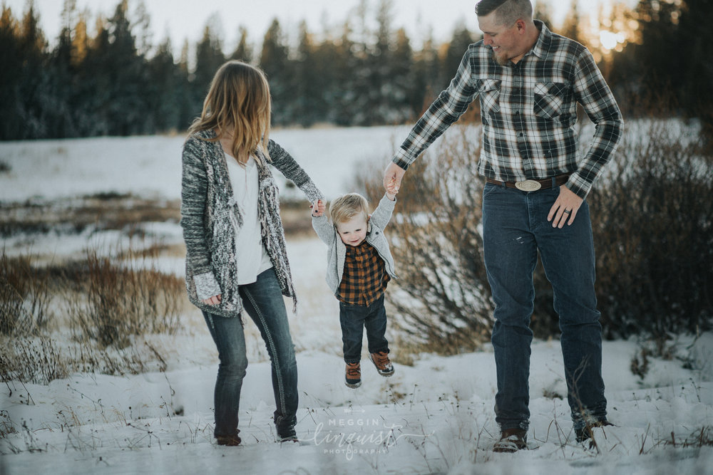 winter-family-photos-reno-lake-tahoe-family-photographer-16.jpg