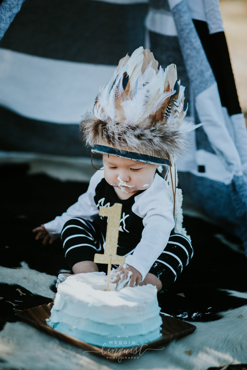 indian-themed-cake-smash-reno-lake-tahoe-family-photographer-18.jpg