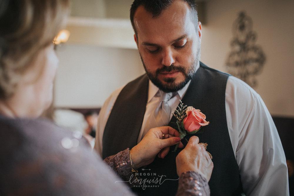 indiana-fall-wedding-reno-lake-tahoe-wedding-photographer-22.jpg