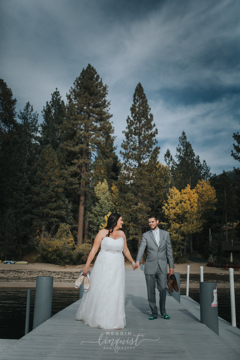 lake-tahoe-fall-wedding-reno-lake-tahoe-wedding-photographer-27.jpg