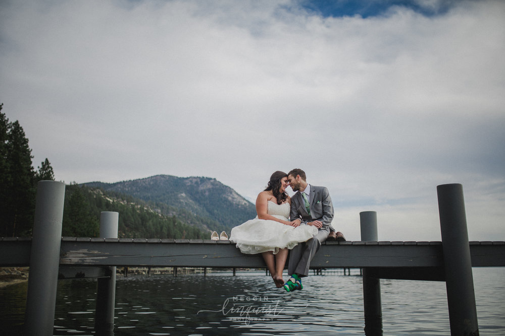 lake-tahoe-fall-wedding-reno-lake-tahoe-wedding-photographer-29.jpg