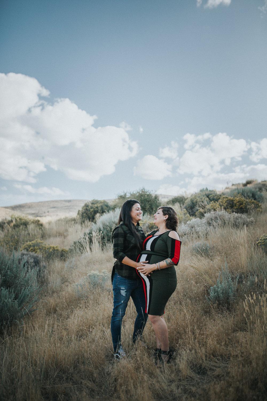 reo-lake-tahoe-same-sex-maternity-photographer-1-2.jpg