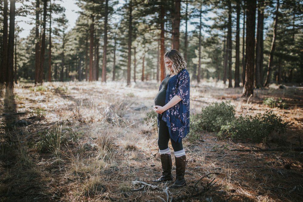 maternity-in-the-forest-photos-reno-lake-tahoe-maternity-photographer-2.jpg