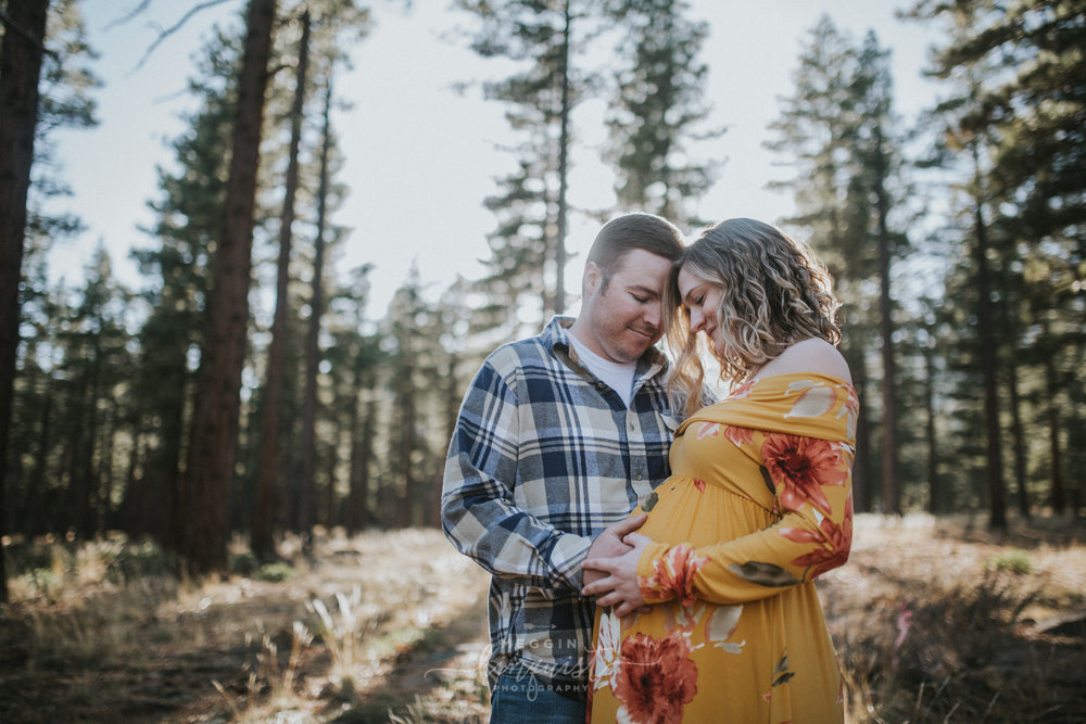 maternity-in-the-forest-photos-reno-lake-tahoe-maternity-photographer-7.jpg