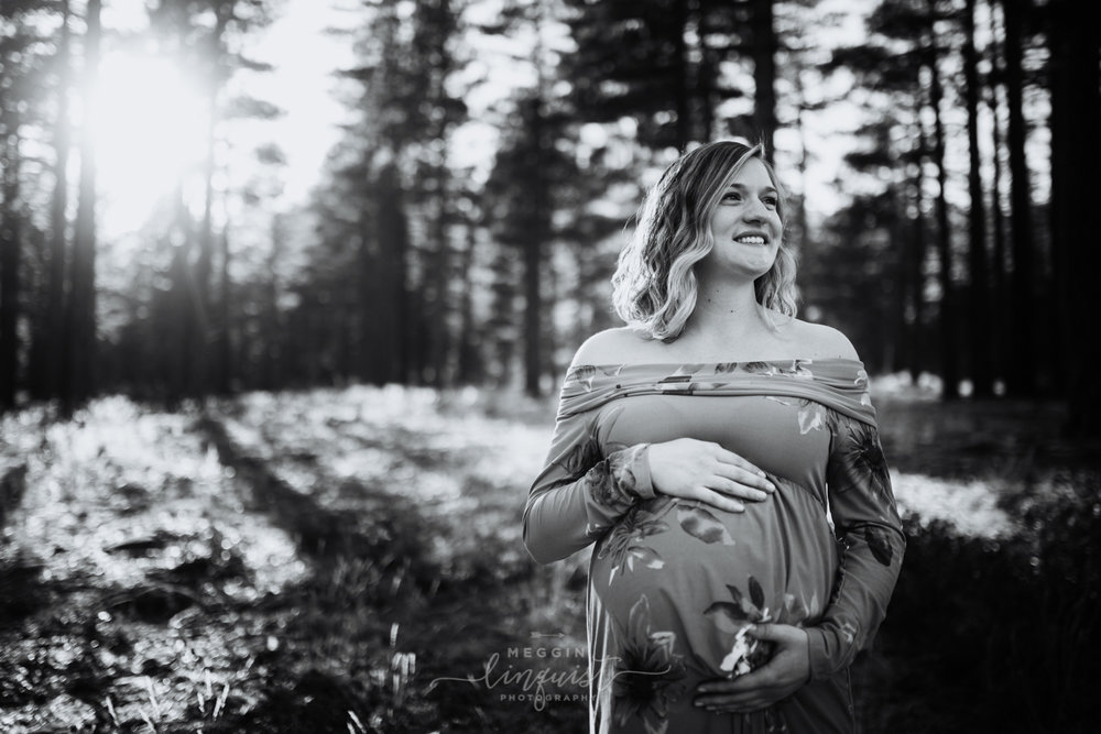 maternity-in-the-forest-photos-reno-lake-tahoe-maternity-photographer-14.jpg