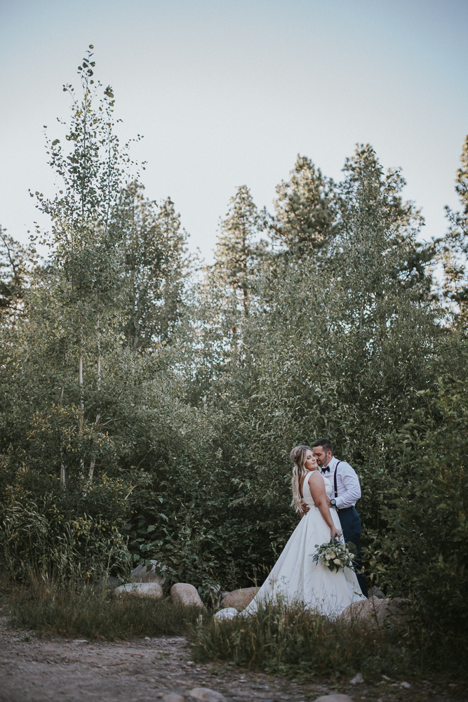 summer-wedding-galena-fish-hatchery-reno-lake-tahoe-wedding-photographer-39.jpg