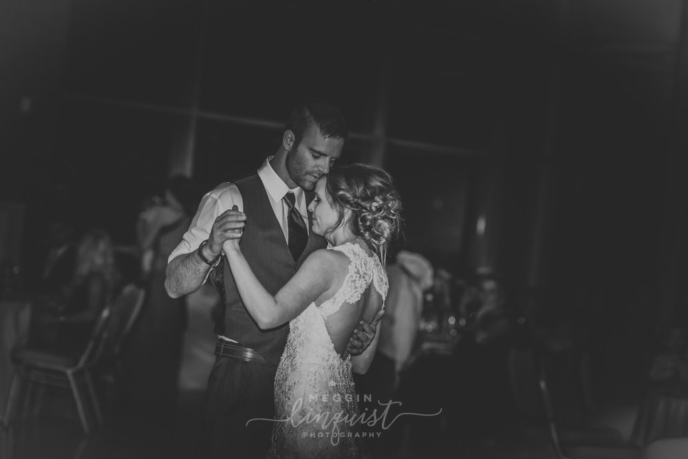 classic-fall-catholic-wedding-reno-lake-tahoe-wedding-photographer-63.jpg