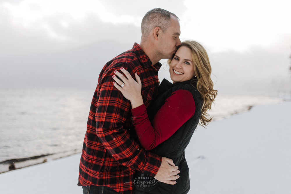donner-lake-winter-engagement-session-reno-lake-tahoe-engagement-photograoher-1.jpg