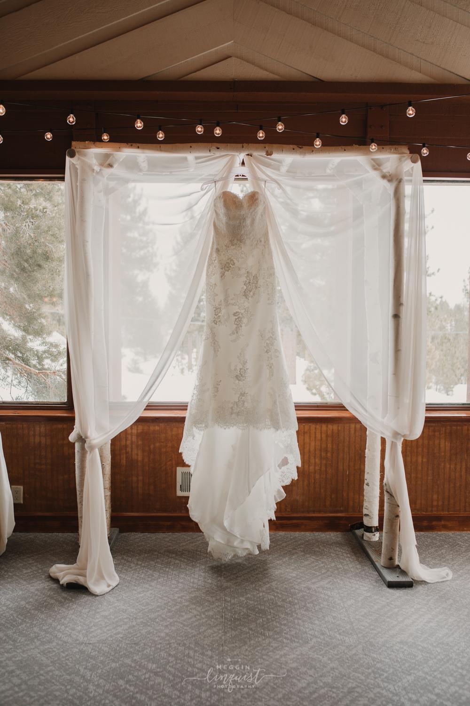 music-themed-winter-wedding-tannenbaum-event-center-reno-lake-tahoe-wedding-photographer-4.jpg