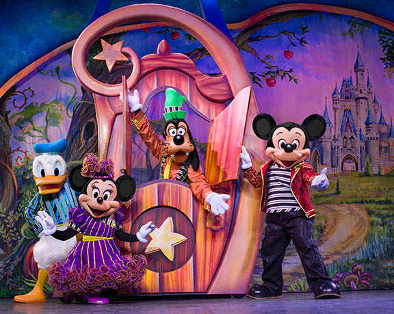 Photo by Disney Live!