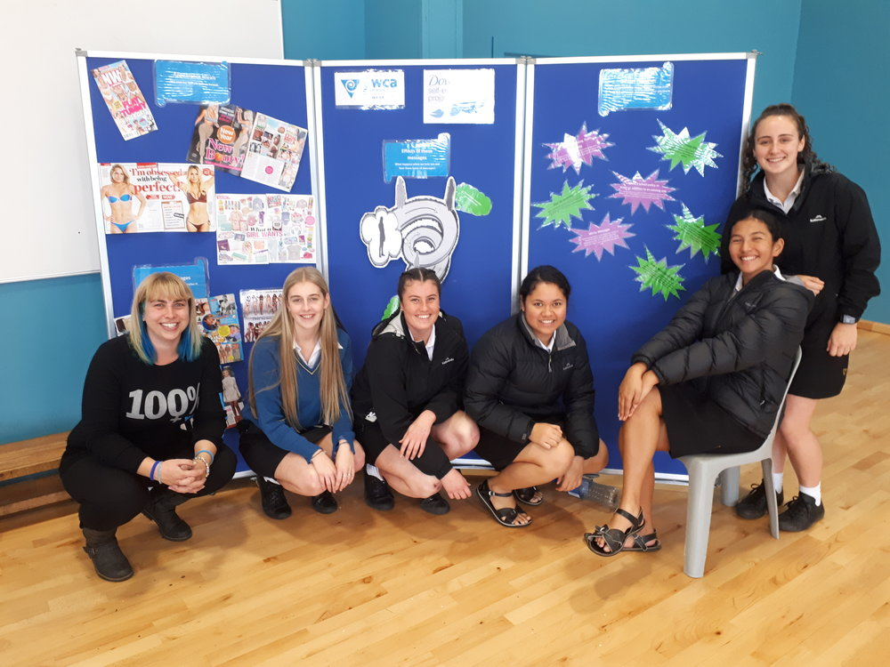 Crystal (left) with whangarei high school students