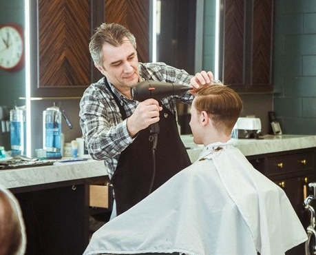 Gift certificate - Let him decide. Whether it's a service from one of our skilled barbers, or selection of products from our curated Italian product line, he can't go wrong.