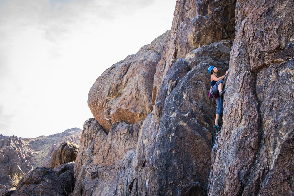 Climbing the granite walls at New Jack City near Barstow, CA. PC: @tre._.vor