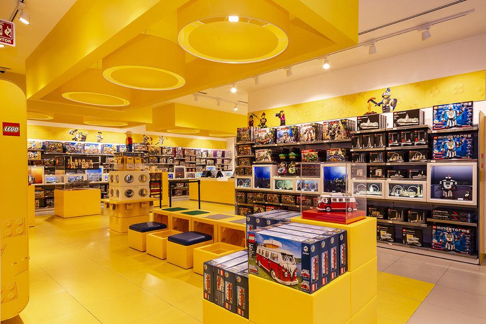 LegoStore-5.jpg