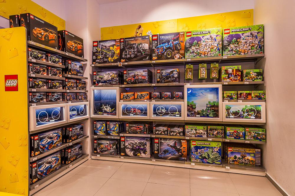 LegoStore-8.jpg