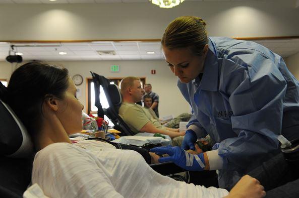 Blood sample being taken (Image: US Navy)