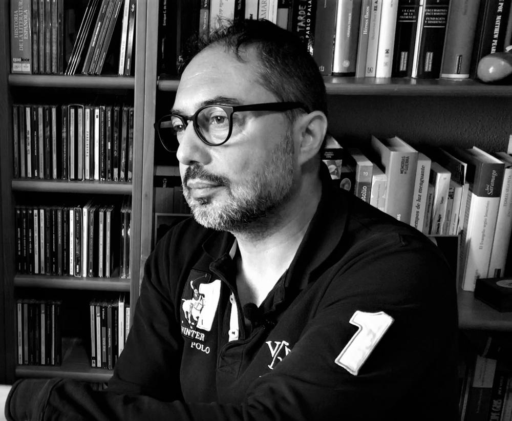 Juan-Enrique-Soto-Black-and-Noir