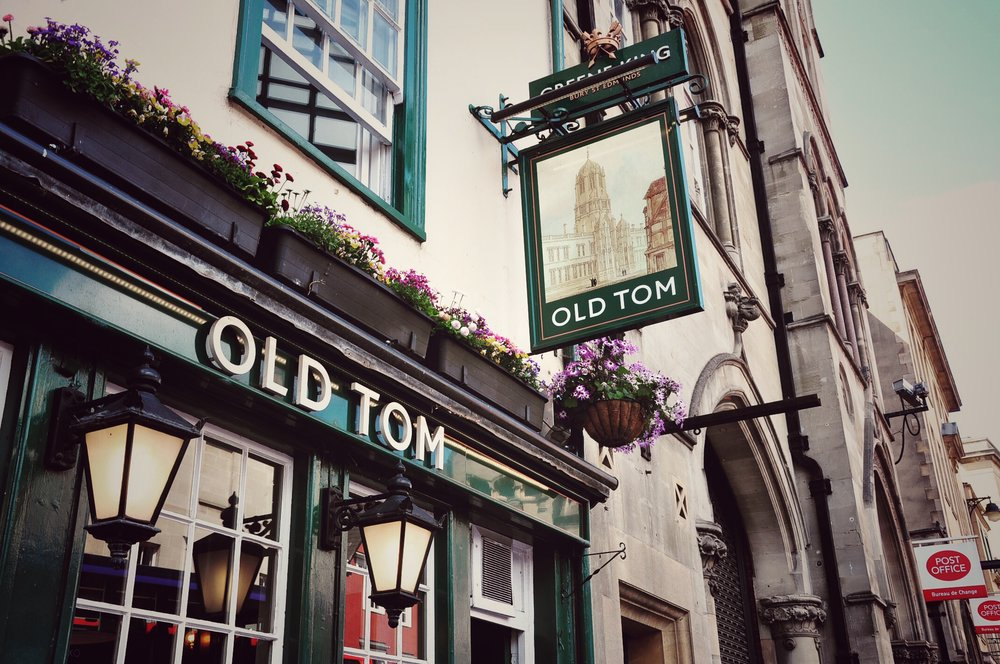 THE OLD TOM OXFORD  101 St Aldate's Oxford OX1 1BT