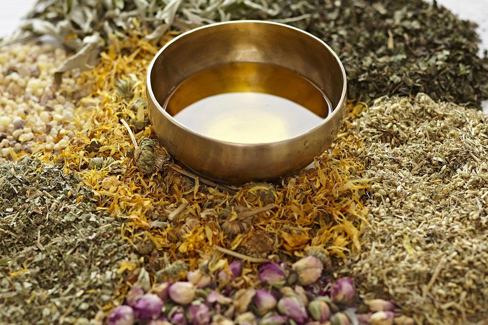 ayurvedisches Kräuteröl