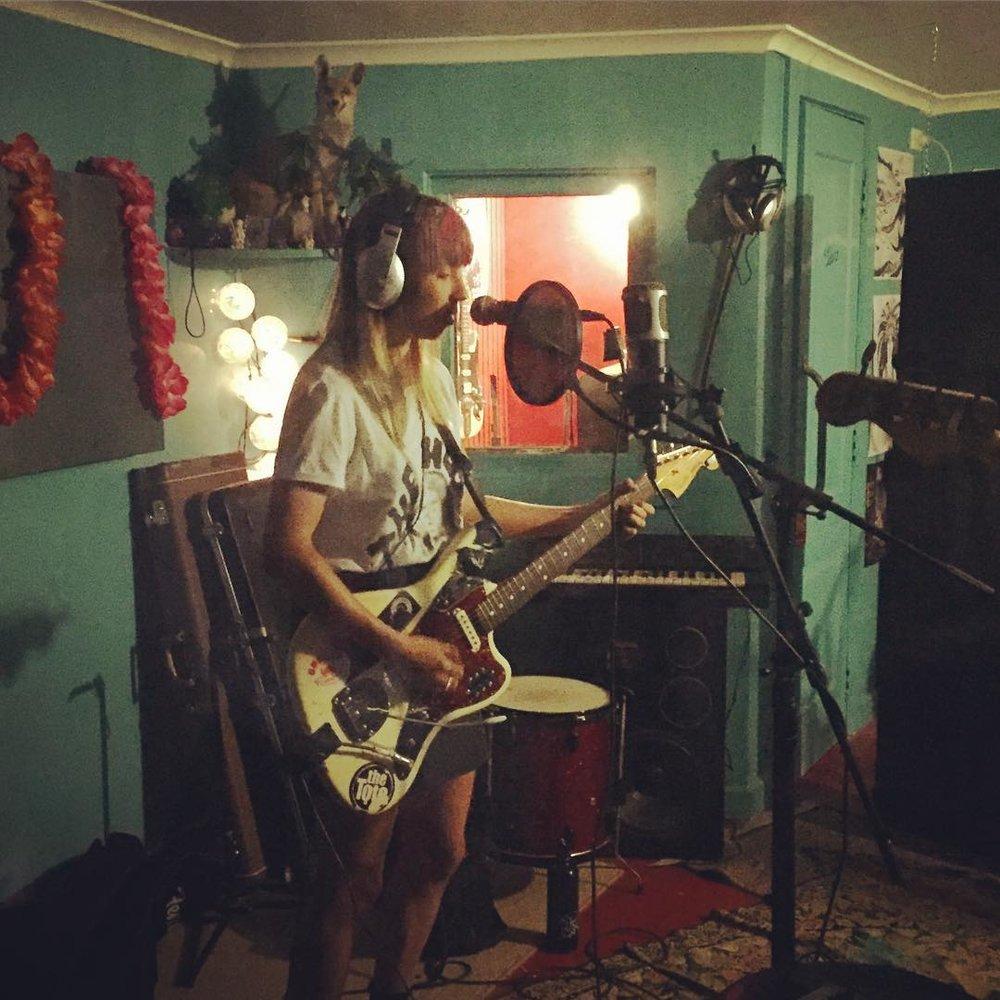 Ali E recording