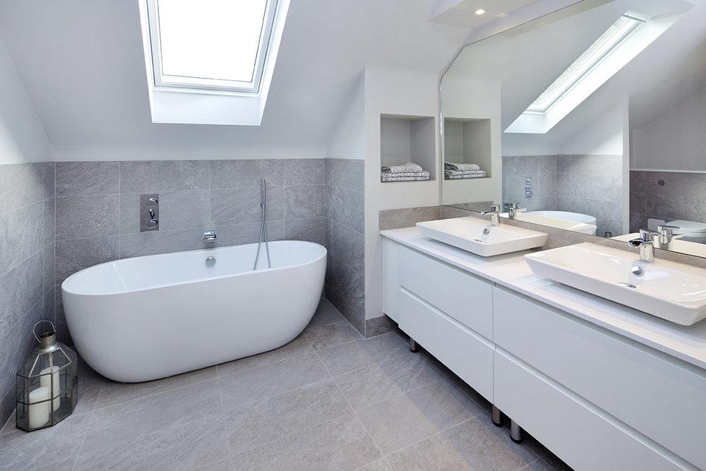 Bathroom at Timber Barn.jpg