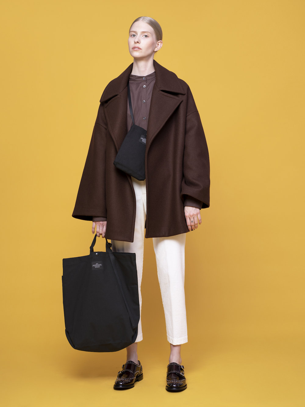 Carry-all Tote & Passport Shoulder