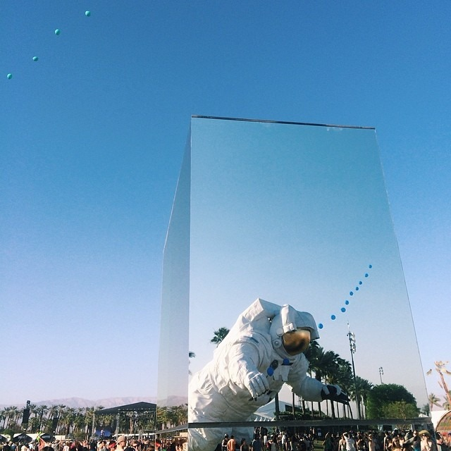 """One giant leap for mankind"" #coachellaastronaut #coachella #coachella2014 #missionpk14 #escapevelocity #vscophile #vscocam #vsco #reflectionfield"