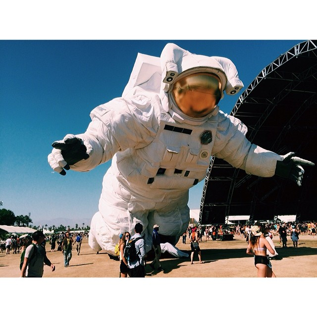 Escape Velocity is moving art, literally @CoachellaAstronaut #missionpk14 #escapevelocity #vsco #vscocam #coachella #coachella2014 #coachellaastronaut (at Sahara Tent)