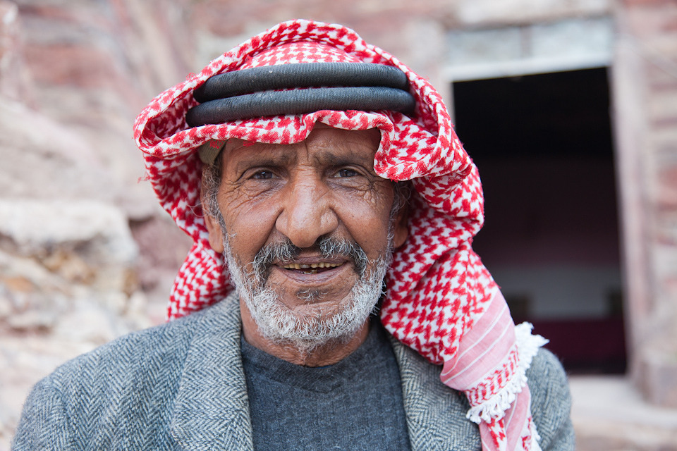 Bdoul Mofleh was born in a cave and is one of the last remaining residents of Petra, Jordan. I had tea at his house and photographed him nearly 2 years ago on my birthday. #tbt #throwbackthursday #bdoulmofleh #petra #jordan