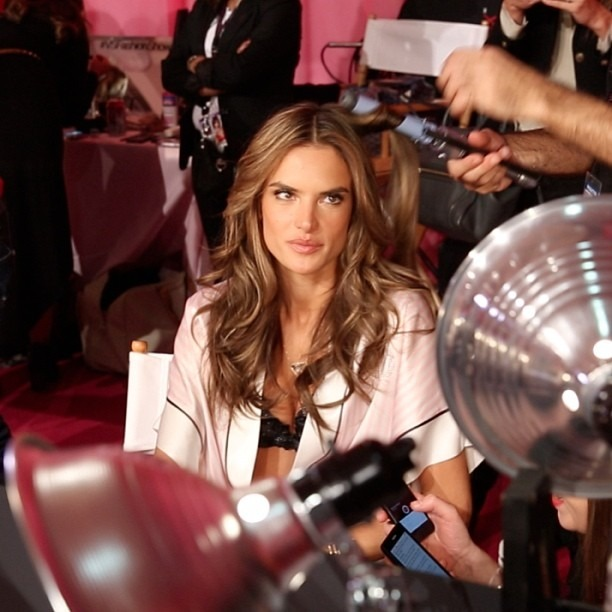 Filming @alessandraambrosio at the @victoriassecret fashion show #alessandra #VSfashionshow #VictoriasSecret (at Victoria's Secret Fashion Show)