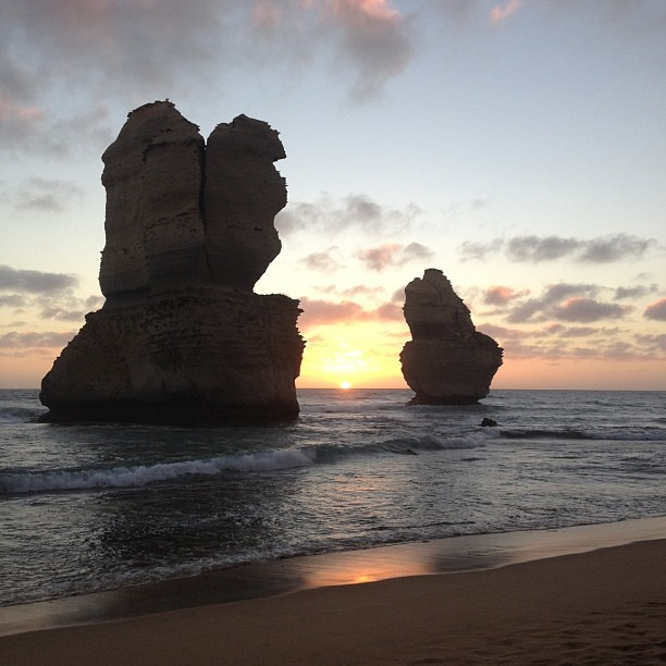 Sunset over the sisters #greatoceanroad #12apostles