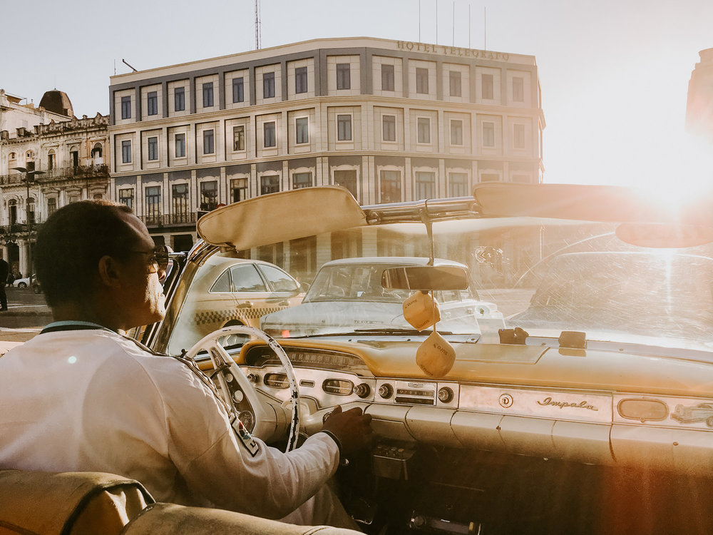 sunset drive in havana