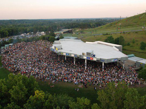 nightlife-music-summer-concerts-dte-energy-music-theatre.jpg