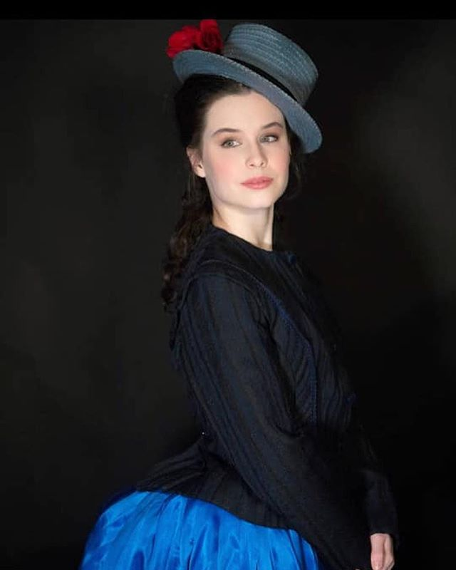 Fabulous shots of TCG's @gracemartinson as Dot/Marie in #SundayintheParkwithGeorge at the Royal Conservatoire of Scotland. @rcsofficial @_rcsmusicaltheatre