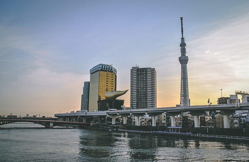 Visiter tokyo une semaine guide par jour par quartier flamme asahi japon asie blog voyage photographie