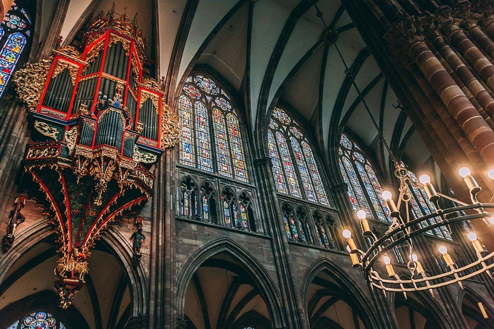 visiter strasbourg une journee interieur cathedrale france europe blog voyage photographie