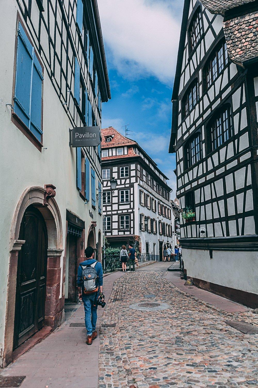 visiter strasbourg une journee ruelle france europe blog voyage photographie