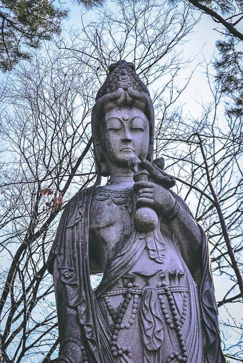 Visiter tokyo une semaine guide par jour par quartier zojoji statue japon asie blog voyage photographie