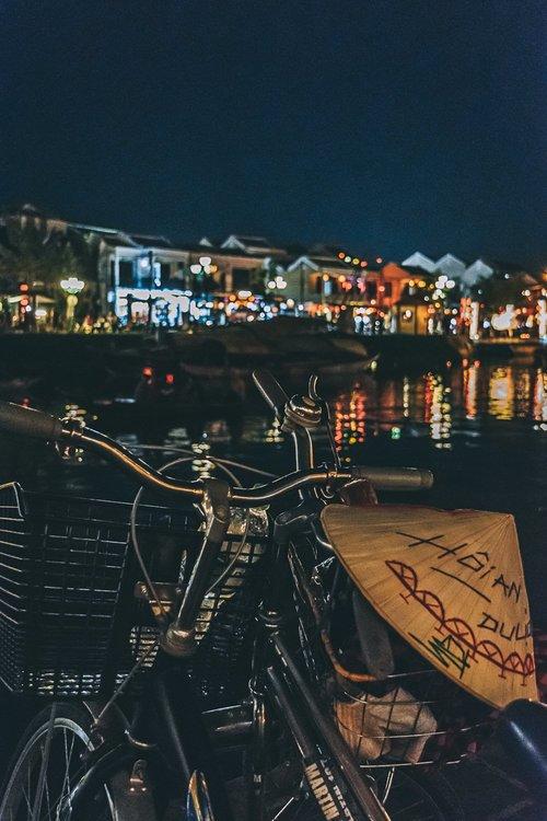 hoi an ville lanternes velo riviere vietnam asie blog voyage photographie.jpg