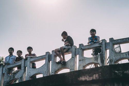 tam coc vietnam baie halong terrestre enfants blog vietnam