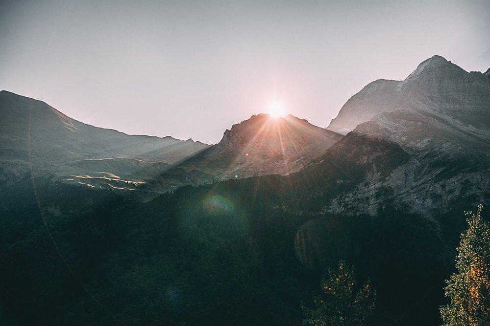 randonnee gavarnie lac pyrenees sunrise france europe blog voyage photographie
