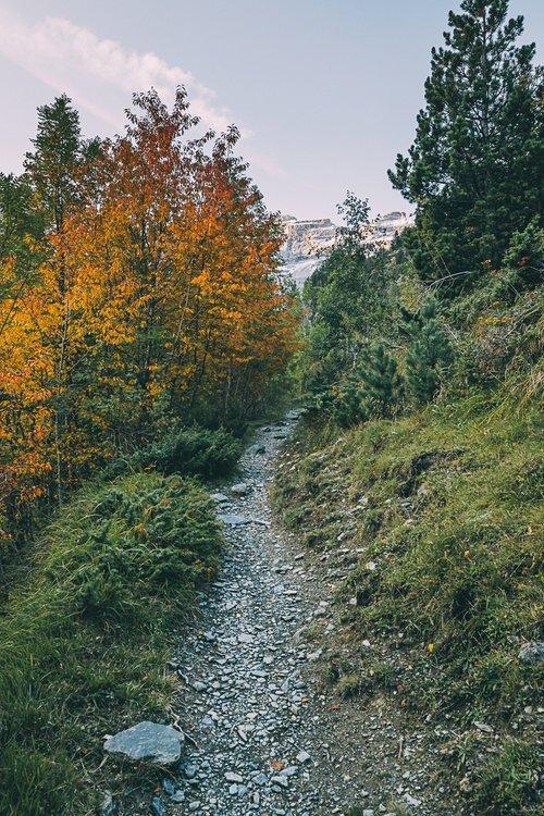 randonnee gavarnie lac pyrenees village france europe blog voyage photographie