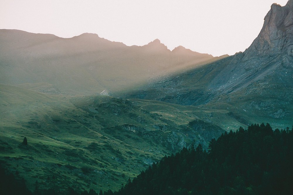 randonnee gavarnie lac pyrenees lever soleil france europe blog voyage photographie